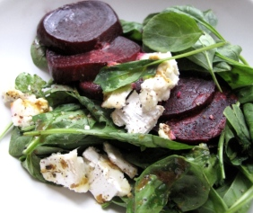 Roasted beet and young spinach sald with goat cheese
