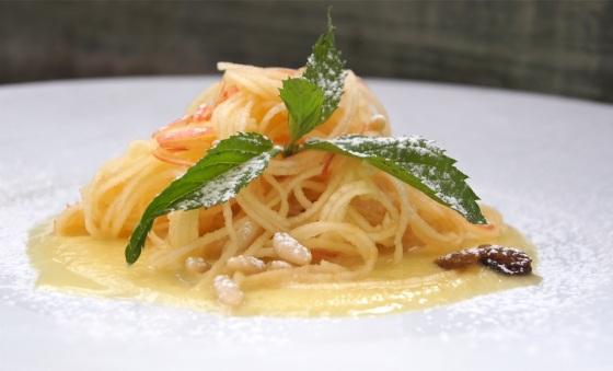 Spaghetti z jabłka