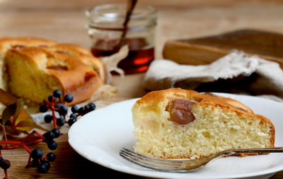 Ciasto z winogronami i syropem