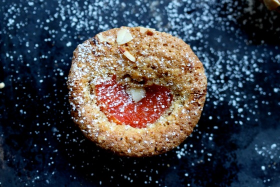 Almond tea cakes with red grapefruit