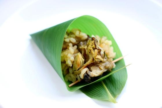 Ryż z ostrygami gotowanymi w dashi