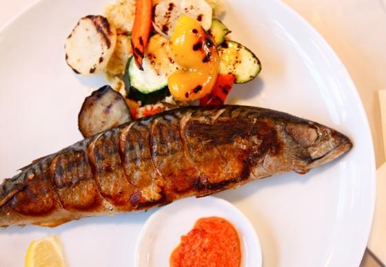 Makrela z kaszą jaglaną