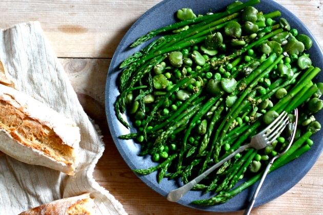 Green asparagus, fava bean and green pea salad