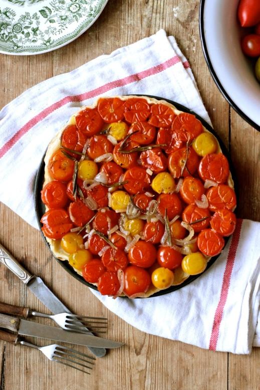 Tarte Tatin z pomidorkami