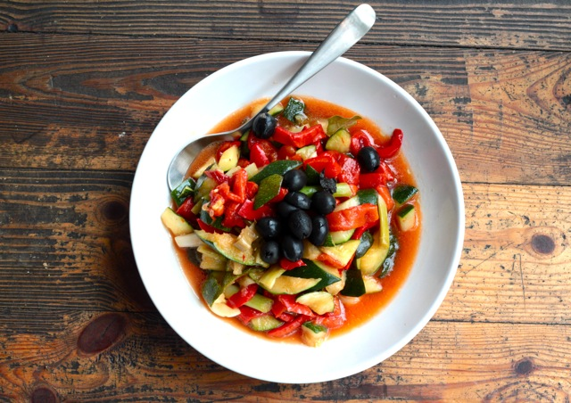 Sałatka z marynowanych warzyw