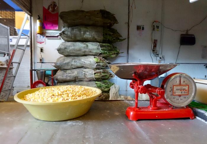 Stoisko z kukurydzą