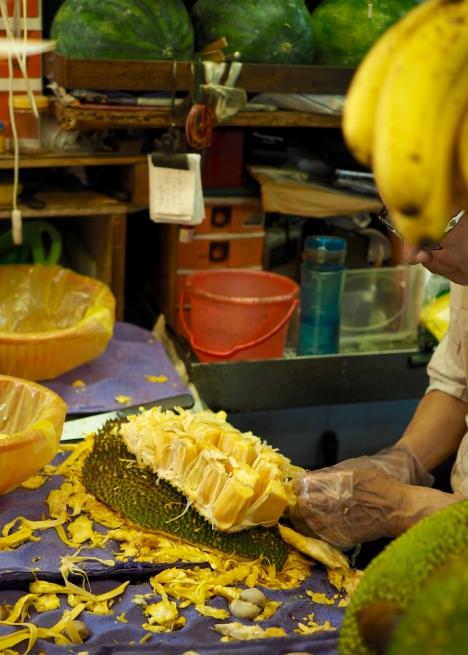 Obierany na bieżąco jackfruit, czyli chlebowiec